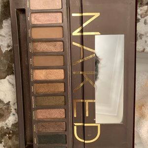 Urban Decay Makeup - naked eyeshadow palette ORIGINAL ONE